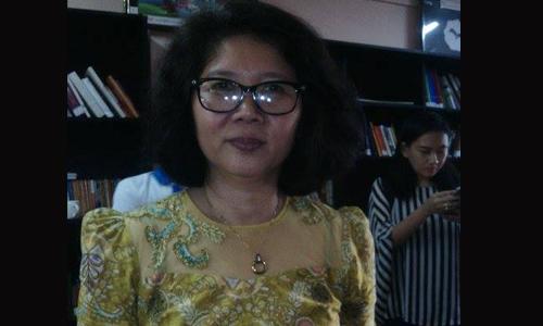 PEN International  ၏ ဒါ႐ိုက္တာဘုတ္အဖြဲ႕ဝင္  ဆရာမ မသီတာ (စမ္းေခ်ာင္း) ႏွင့္ ေတြ႕ဆံုျခင္း