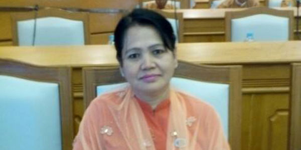 Daw-Khin-Saw-Wai-(2)