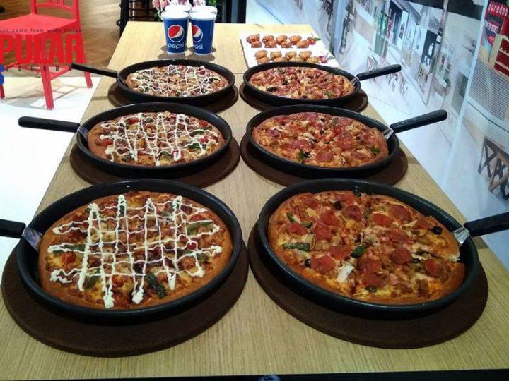 မႏၲေလးမွာ Pizza Hut ရျပီ