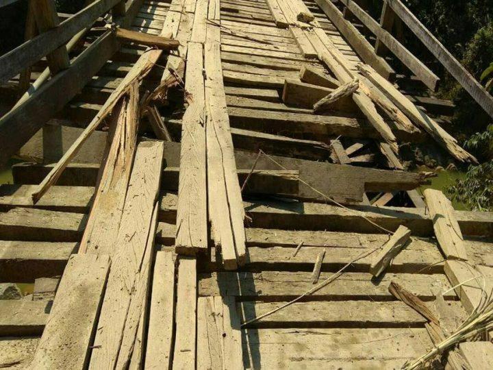 ပူတာအိုမွာ ဓါတ္ဆီ ၁ ဂါလံ ၂၀၀၀၀ ျဖစ္ေနျပီး တံတားတစ္စင္း မိုင္းထပ္ခြဲခံရ