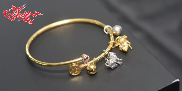 ရာသီခြင္အ႐ုပ္ေတြနဲ႔ ဒီဇုိင္းဖန္တီးထားတဲ့ အဆင္တန္ဆာေတြရရွိေစႏုိင္မယ့္ Miraculous Fine Jewellery