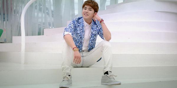 Woollim Entertainment  နဲ႔ စာခ်ဳပ္ထပ္မခ်ဳပ္ေတာ့တဲ့ Hoya