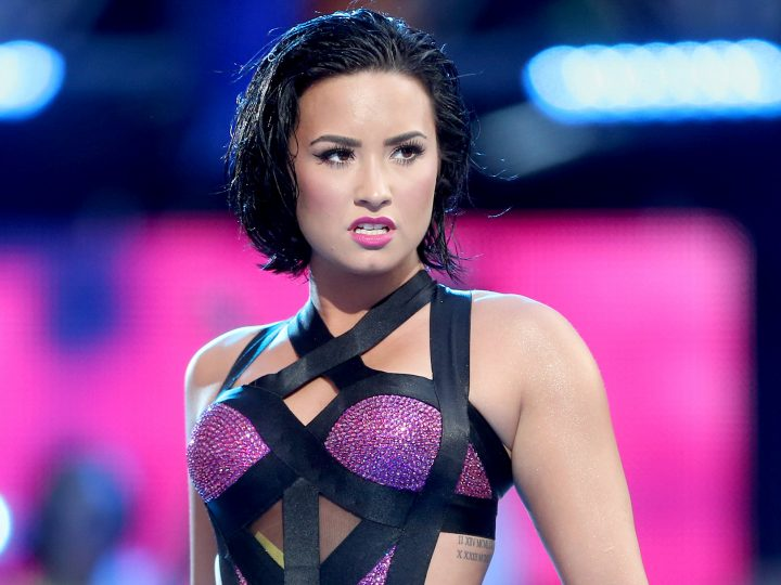 Demi Lovato  ရဲ႕ ဘ၀အေၾကာင္း  Documentary ႐ိုက္ကူး