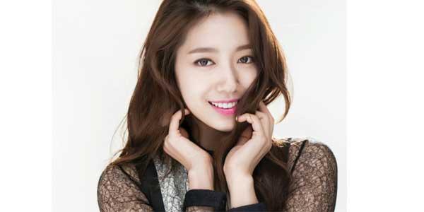 New York ကုိေရာက္ရွိေနသူ Park Shin Hye