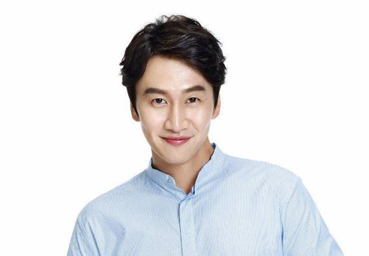 Marie Claire မဂၢဇင္းအတြက္ ကာဗာ႐ိုက္ကူးခဲ့သူ Lee Kwang Soo