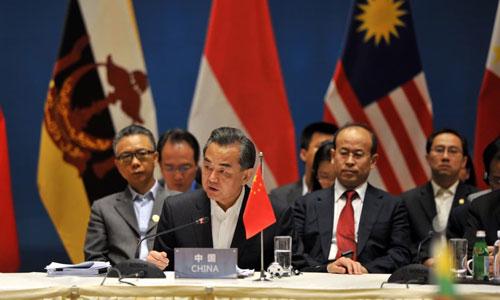 မြန်မာ့အခြေအနေ တရုတ် အကျိုးစီးပွားနှင့် တိုက်ရိုက် သက်ဆိုင်နေ၊ အပြုသဘောဆောင်သည့် အခန်းကဏ္ဍမှ ဆက်လက်ပါဝင်ရန် ဆန္ဒရှိဟု အာဆီယံကို တရုတ်ဆို
