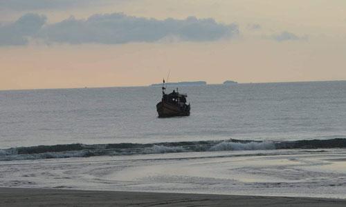 VMS စနစ်တပ်ဆင်ထားတဲ့ ငါးဖမ်းလှေ ၁၄၀ စီးကို သတ်မှတ်စည်းကမ်းဖောက်ဖျက်၍ အရေးယူထား