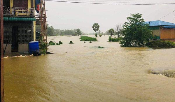နိုင်ငံတစ်ဝန်း ရေကြီးရေလျှံမှုကြောင့် ရေဘေးကြုံရတဲ့ လူဦးရေ ၃၀၀၀၀ ကျော်အတွက် ငွေကျပ်သိန်း ၇၃၀ ကျော် ထောက်ပံပေးထား