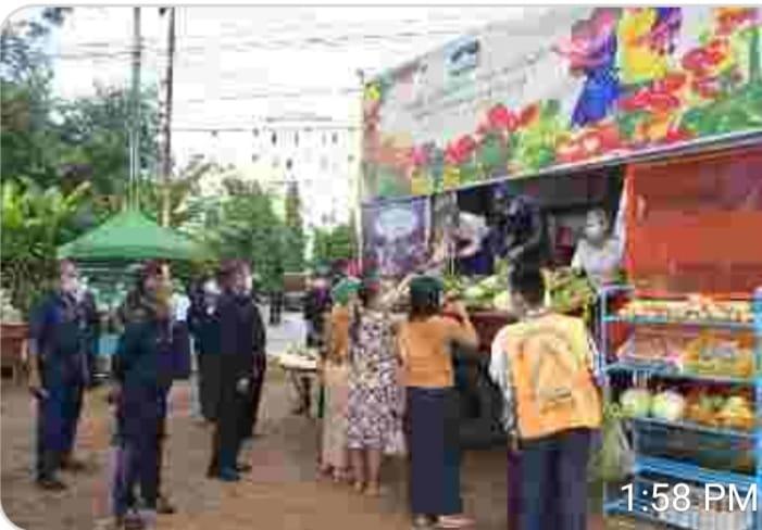 YCDC ဝန်ထမ်းအိမ်ရာ နှင့်ရပ်ကွက်အချို့၌ ရွေ့လျားဈေးကားဖြင့် သက်သာစွာ ရောင်းချပေးနေ