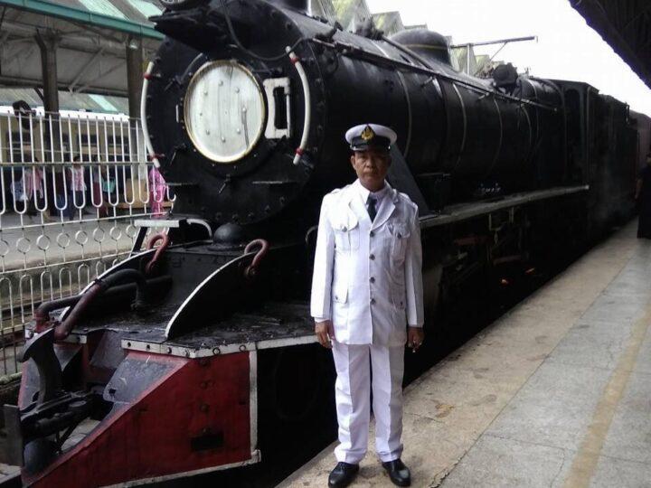 ရန်ကုန် သိမ်ဖြူမီးပွိုင့်တွင် မီးရထားဝန်ထမ်းတစ်ဦး သေနတ်ပစ်ခတ်ခံရပြီးသေဆုံး